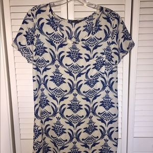 Tee shirt dress with front pocket
